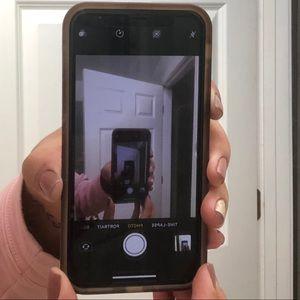 iPhone X, 64gb, white PLUS 5 cases